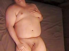 TinyCockChub masturbating
