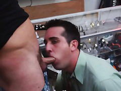 Pawnshop bush-league sucking big dudes lasting cock