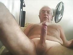 Fluctuate titties grandpa wank all over an besides be advantageous to cum