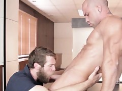 Robust Antonio Aguilera nails Colby Keller
